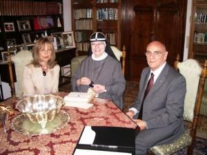 Madre Tekla Badessa Generale delle Suore di S. Brigida con S.A. il Gran Maestro e Consorte